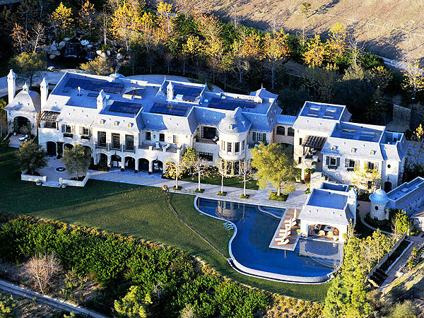 Batch 5- 15 Amazing Homes of Hollywood Celebrities- Tom Brady and Gisele Bundchen