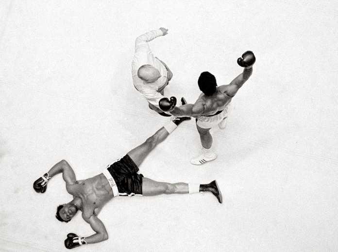 Muhammad Ali knockout photo