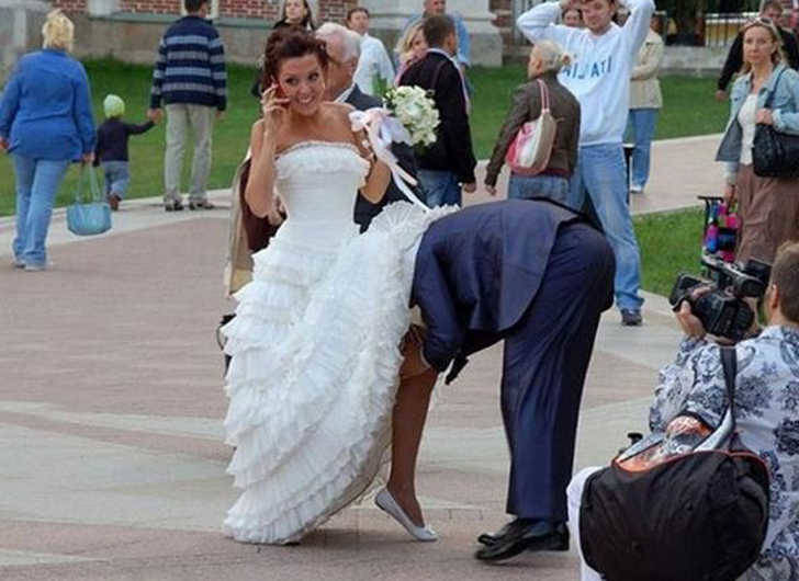 Not in public people - Wedding photo fail