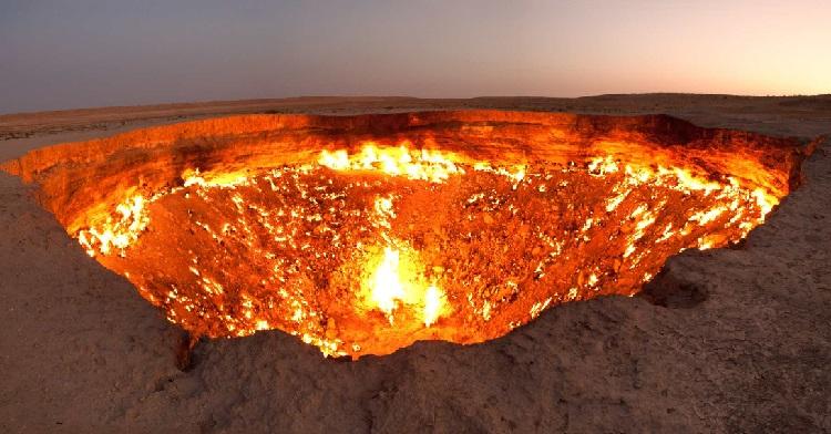 001--18-doorway-to-hell-turkmenistan-413366