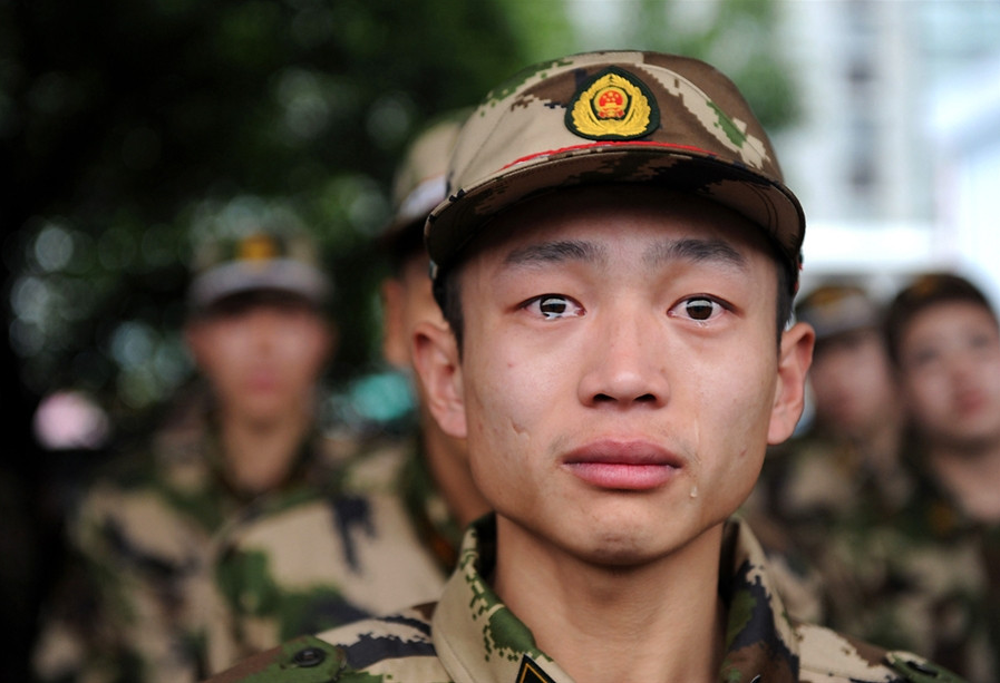 001--18-the-weeping-soldier-260376