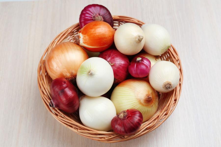 005--11-onions-3e26f99f14e53c4daefac81fda2ac9a9