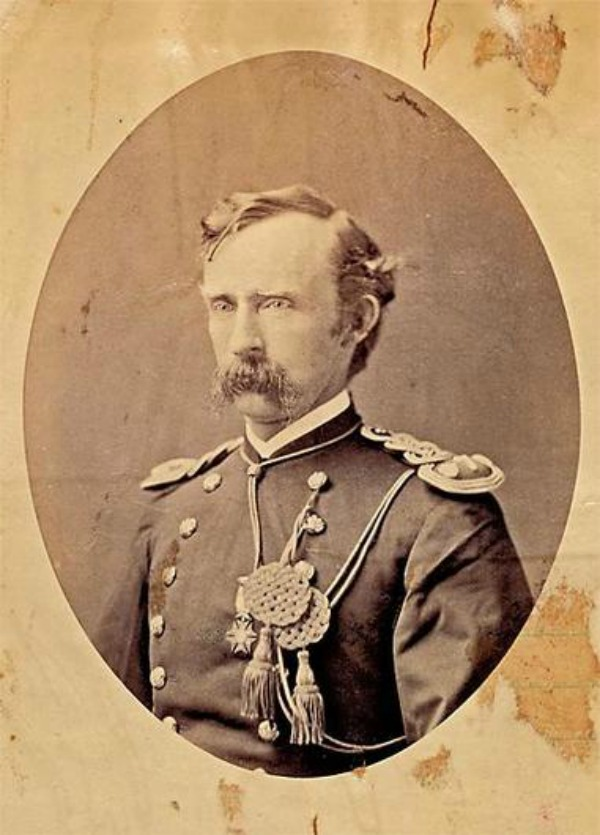 001--12-george-armsrong-custer-637451