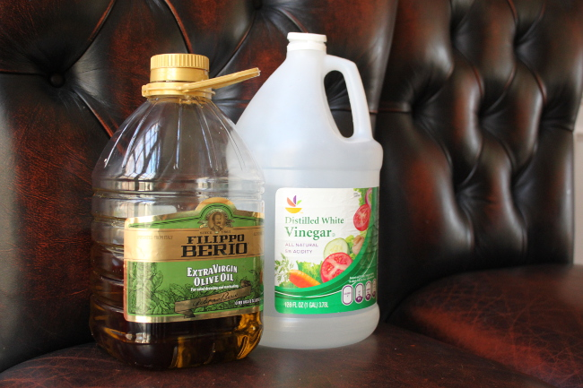 001--12-olive-oil-cleaning-625282