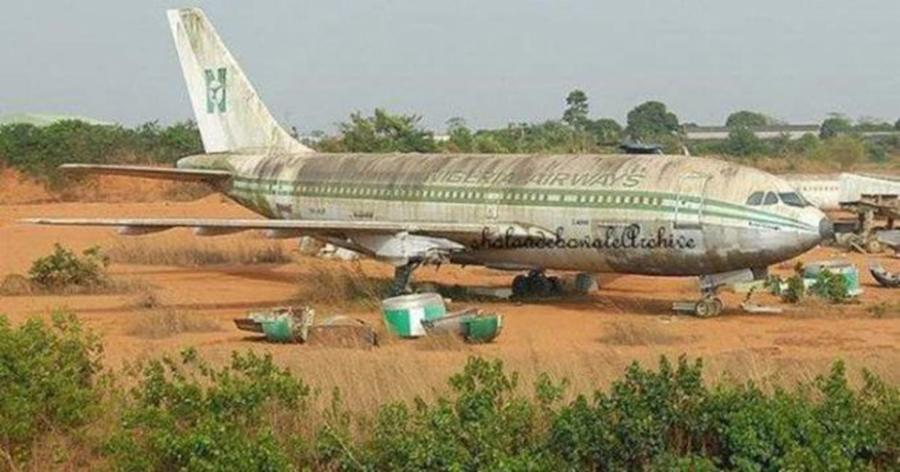 002-11-abandoned-at-the-nigerian-airport-dd07cffc9d2a467b68d16a7b7c0b9922