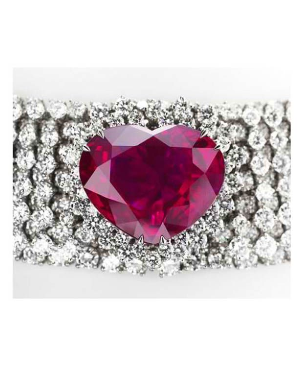 003-10-garrard-s-heart-of-the-kingdom-ruby-600824