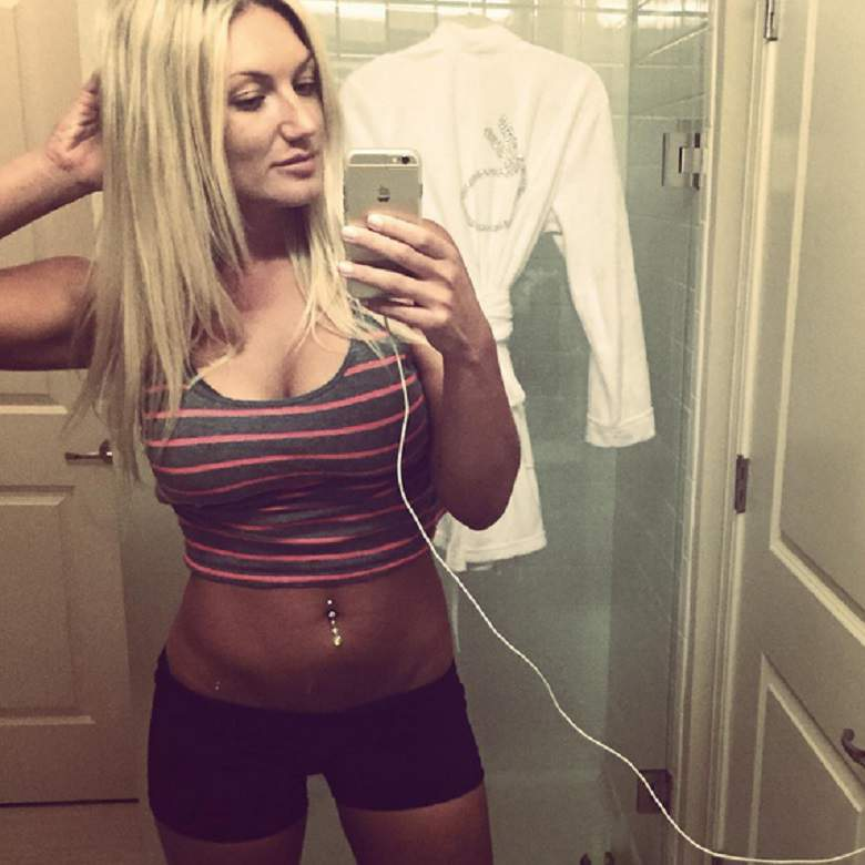002-14-brooke-hogan-knows-best-on-screen-and-1095725