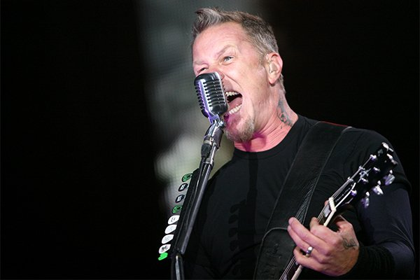 007-9-james-hetfield-1050313