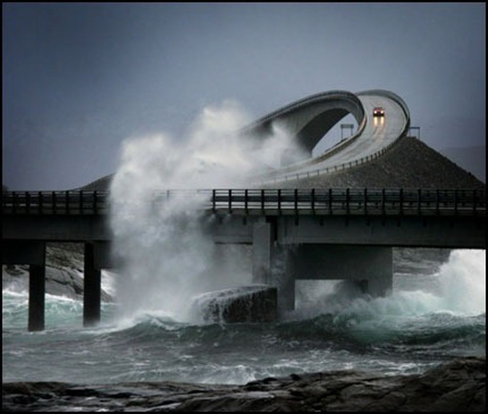 World Most Beautiful Modern House Design: 15 Most Dangerous Roads Around The World