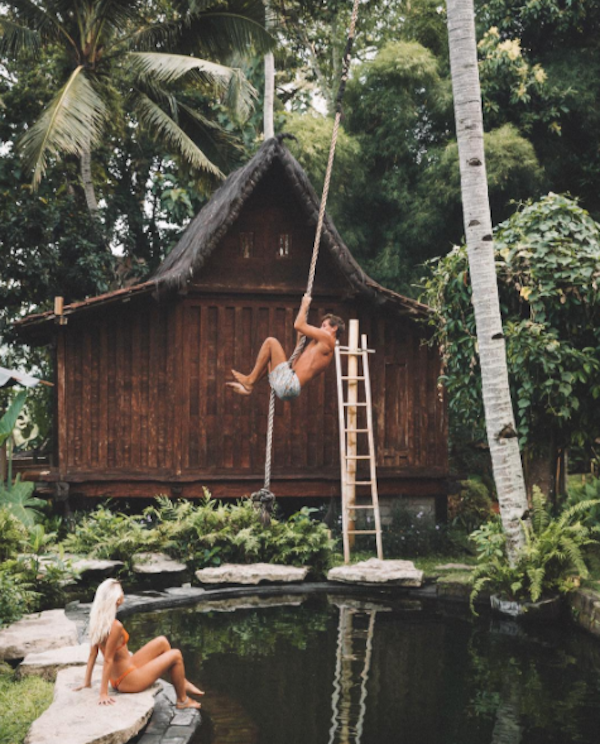 Meet The Couple That Gets Paid For Hot Instagram Pics On Vacation-6084